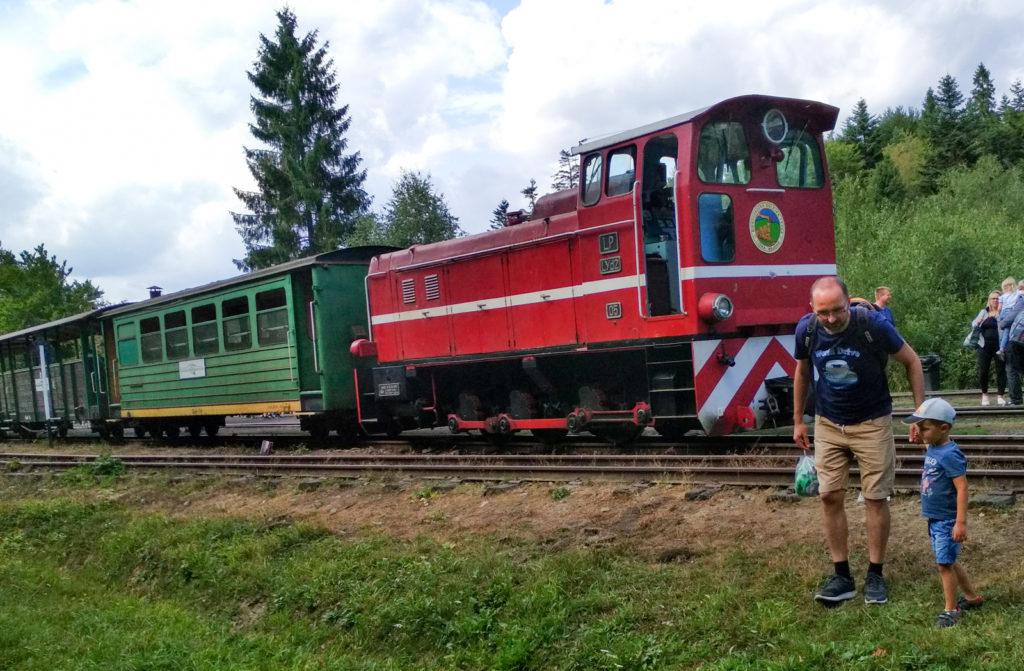 Pociag na stacji Balnica przygotowany do powrotu