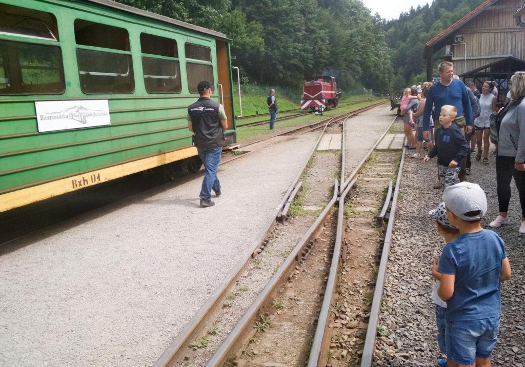 Przepięcie lokomotywy LYD na stacji Majdan