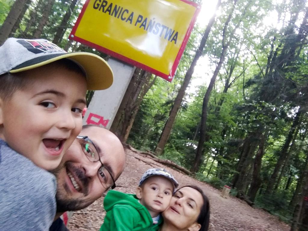 Punkt graniczny Polska Słowacja na postoju w Balnicy
