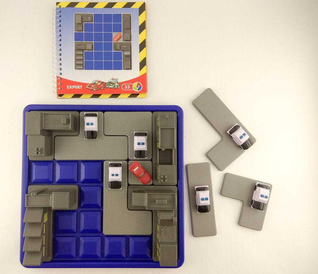 smart games blokada roadblock 2 1