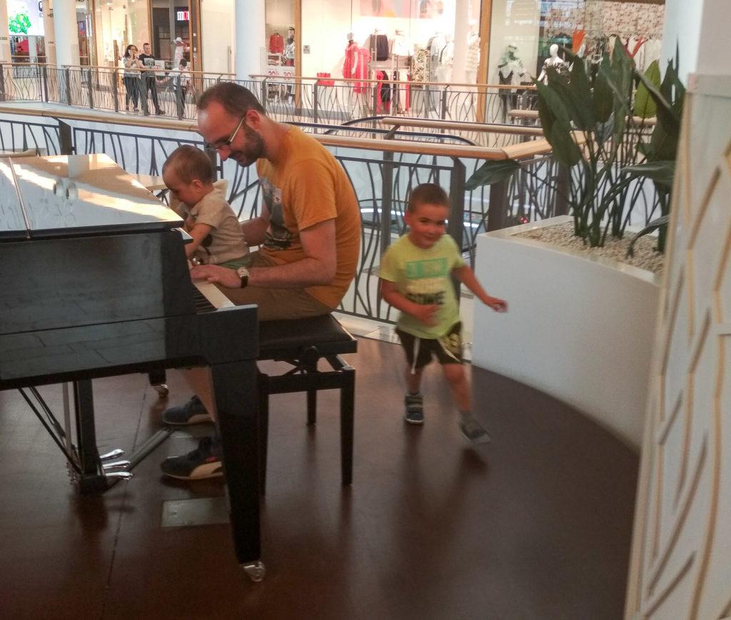 atrakcje dla dzieci krakow bronowice fortepian