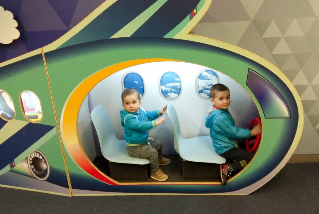 atrakcje dla dzieci krakow lotnisko strefa dla dzieci