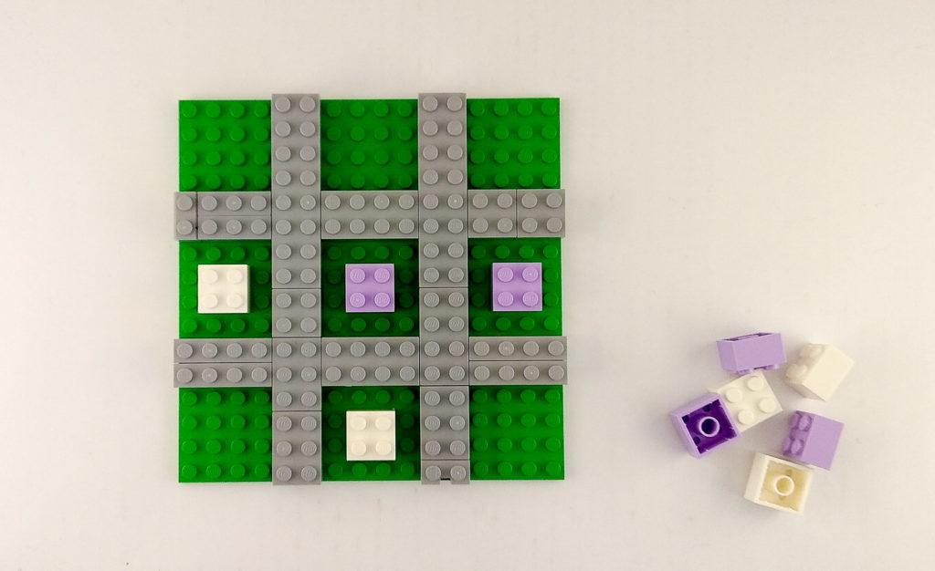 kreatywna zabawa klockami lego kolko krzyzyk