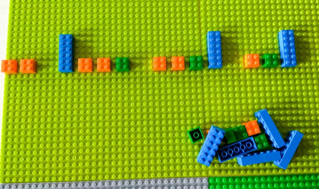 kreatywna zabawa klockami uzupelnianie sekwencji lego