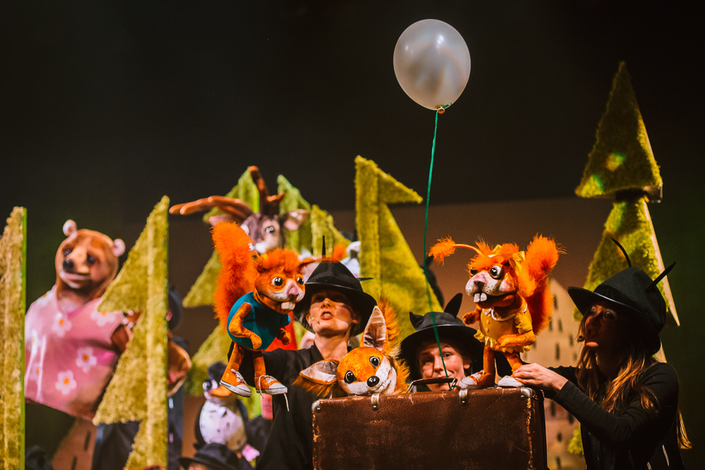 teatr guliwer oby w lesie Bartek Warzecha