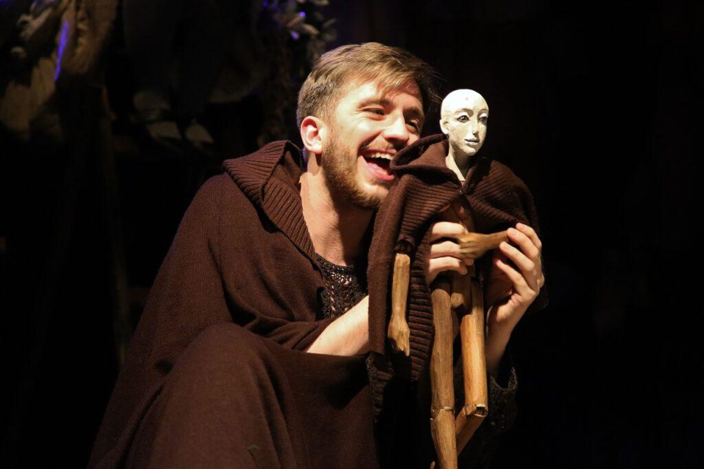 teatr maska o mniejszych braciszkach sw franciszka 6