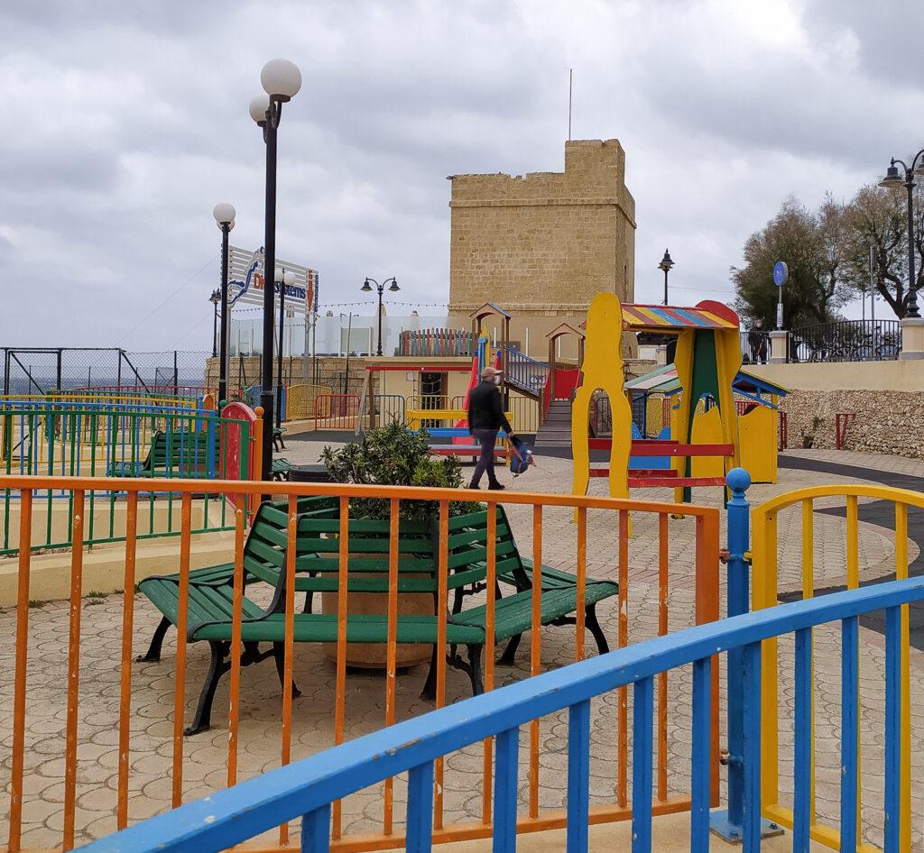 place zabaw malta sliema independence garden 4